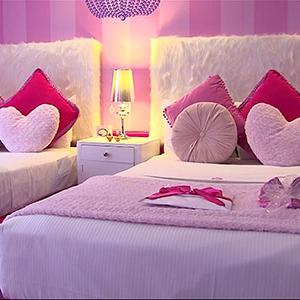 Posh and Pink: First Barbie Hotel Room in World