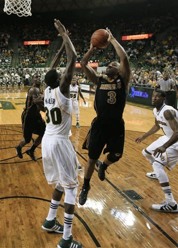 No. 5 Missouri holds to win 89-88 at No. 3 Baylor