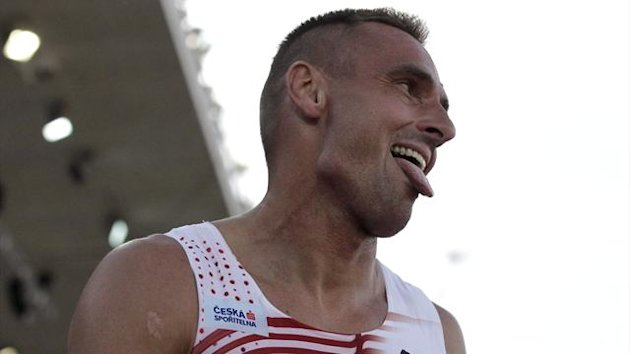 Roman Sebrle of Czech Republic reacts after the 400 metres heats of the men's decathlon at the European Athletics Championships in Helsinki June 27, 2012 (Reuters)