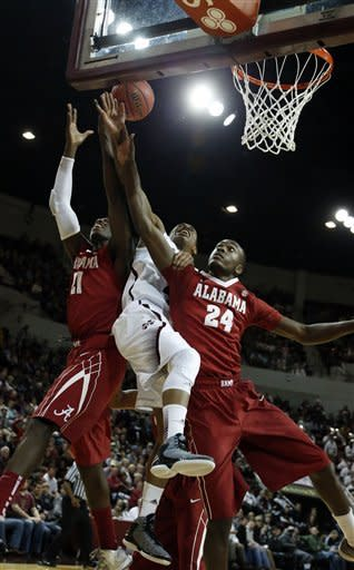 Alabama beats Mississippi State 75-43