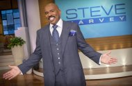 "In this August 2012 photo provided by NBC, host Steve Harvey stands on the set of his new talk show ""The Steve Harvey Show,"" in Chicago. The veteran comic, whose new show gets a jump on the fall season Tuesday, Sept. 4, 2012, was first approached about a show three years ago, when his first book, ""Act Like a Lady, Think Like a Man,"" was on the best-seller lists. (AP Photo/NBC, Chuck Hodes)"