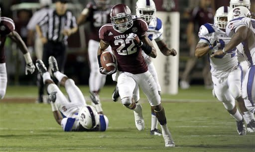 Manziel leads Aggies over South Carolina St. 70-14