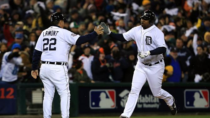 World Series - San Francisco Giants v Detroit Tigers - Game 4
