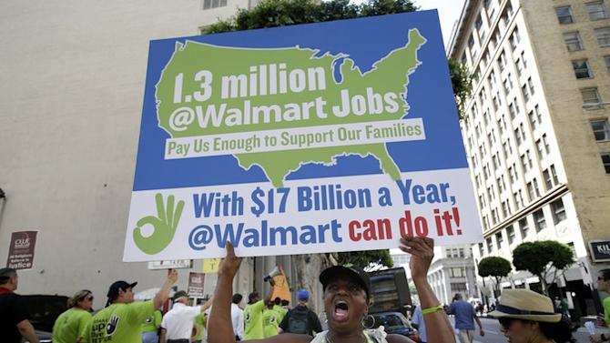 WalMart Is Half-Heartedly Considering Not Fighting the Minimum Wage Increase