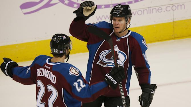 Tanguay's shootout goal lifts Avalanche past Leafs