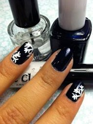 snowflake manicure nail polish