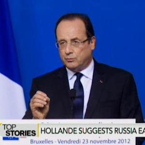 Hollande Suggest Deescalating Tensions With Russia