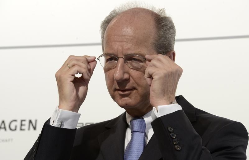 VW's finance chief set to become new chairman
