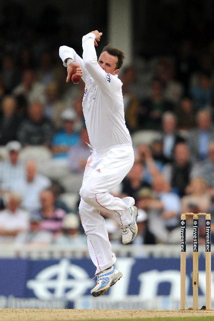 Graeme Swann claimed his 14th five-wicket haul for England