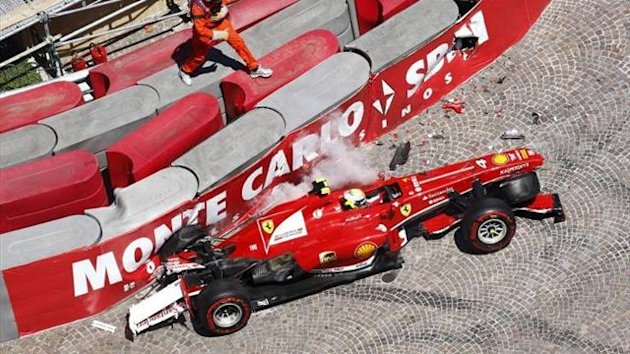 Felipe Massa in the barriers at Monaco (Imago)