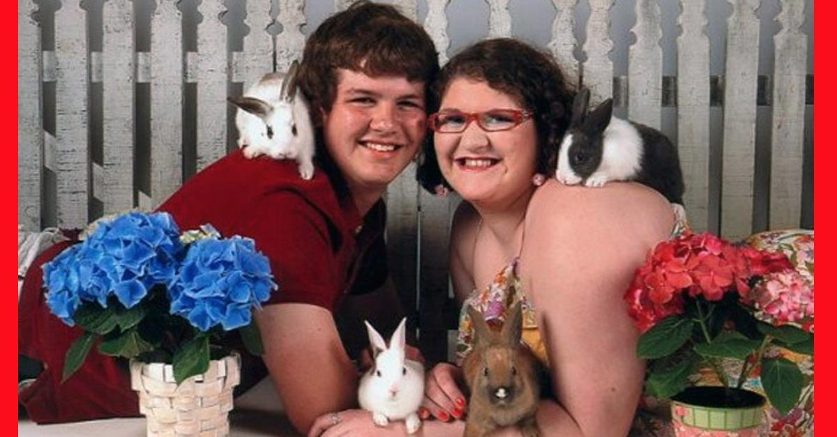 Most Awkward Prom Photos Ever (WOW)