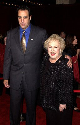 Brad Garrett and Doris Roberts 53rd Annual Emmy Awards - 11/4/2001
