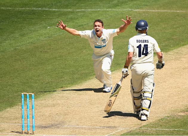 Sheffield Shield - Bushrangers v Blues: Day 1