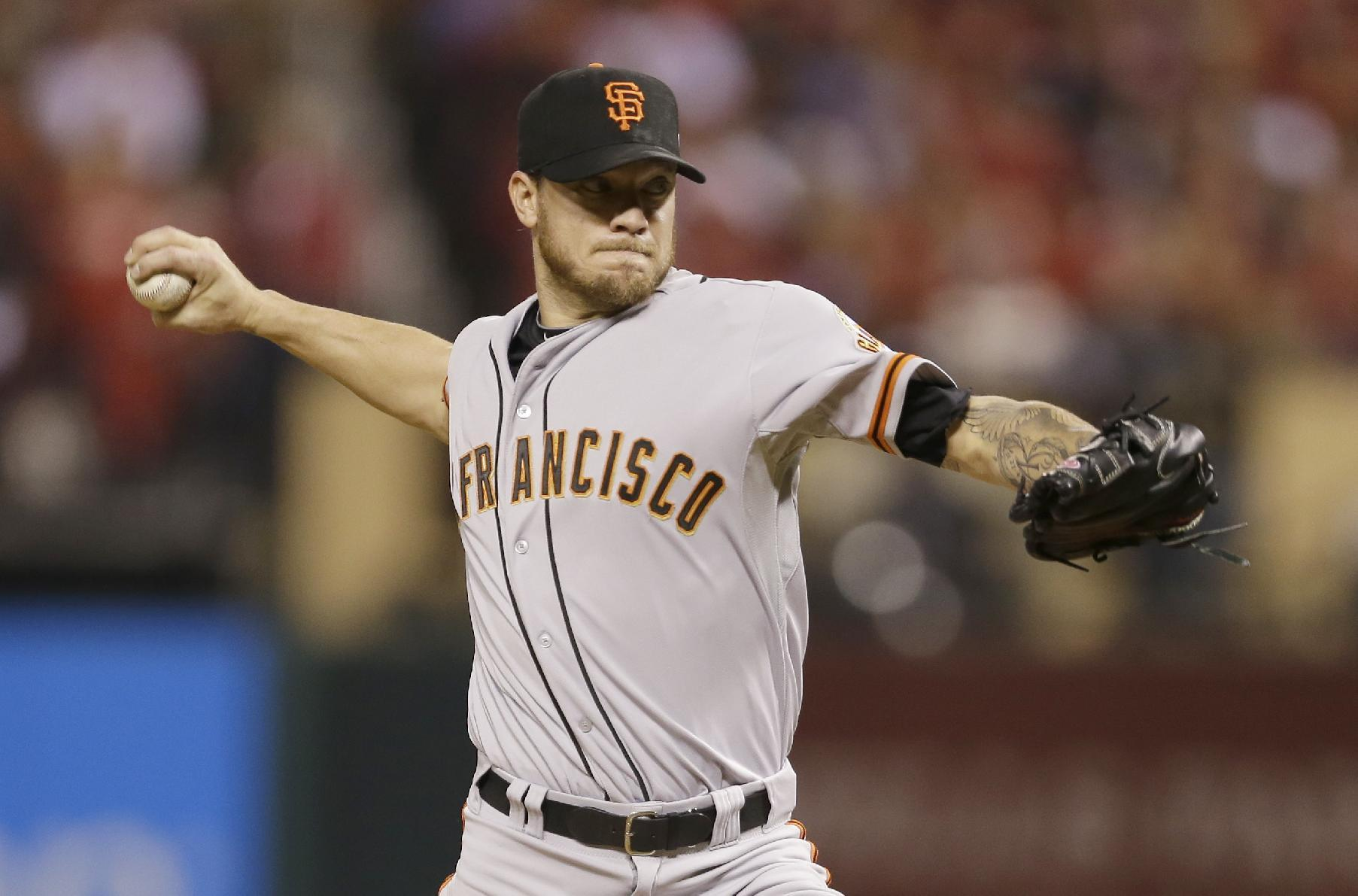 AP sources: Peavy, Giants agree to 2-year deal