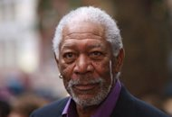 El actor estadounidense Morgan Freeman, ganador del Oscar y activista contra la discriminacin racial, don un milln de dlares a la campaa por la reeleccin del presidente demcrata Barack Obama, dijo el jueves la estrella. (AFP | Max Nash)