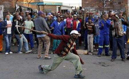 Mugabe 'shocked, disgusted' by South African anti-immigrant violence