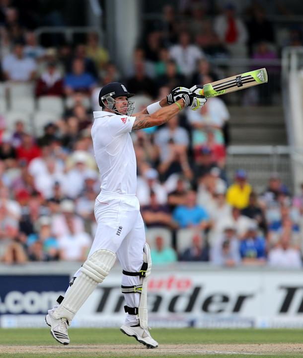 Cricket - Third Investec Ashes Test - Day Three - England v Australia - Old Trafford