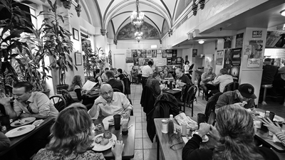 Ira Glass Wants to Save His Regular Seat at Cafe Edison, Midtown's Endangered Lunch Counter
