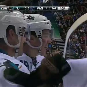 Tomas Hertl ties it late against Canucks