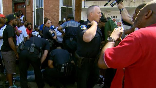 Baltimore police out in force amid false shooting report