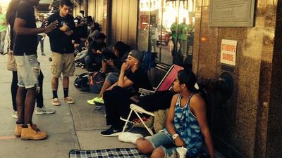 Rihanna Superfans Have Already Lined Up for Her Macy's Appearance on Monday