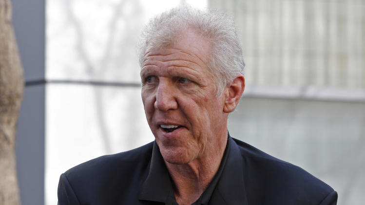 Former Los Angeles Lakers'player Bill Walton arrives at a memorial service for Jerry Buss, whose Lakers won 10 NBA basketball championships under his ownership, Thursday, Feb. 21, 2013 in Los Angeles. Buss died on Monday. He was 80. (AP Photo/Reed Saxon)