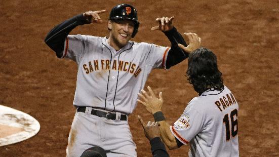 Giants top Pirates 11-10 on throwing error in 13th