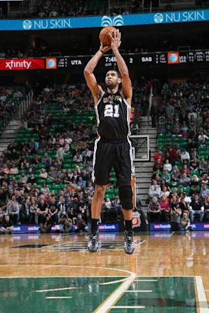 Duncan has 22 and 12 as Spurs beat Jazz 100-84
