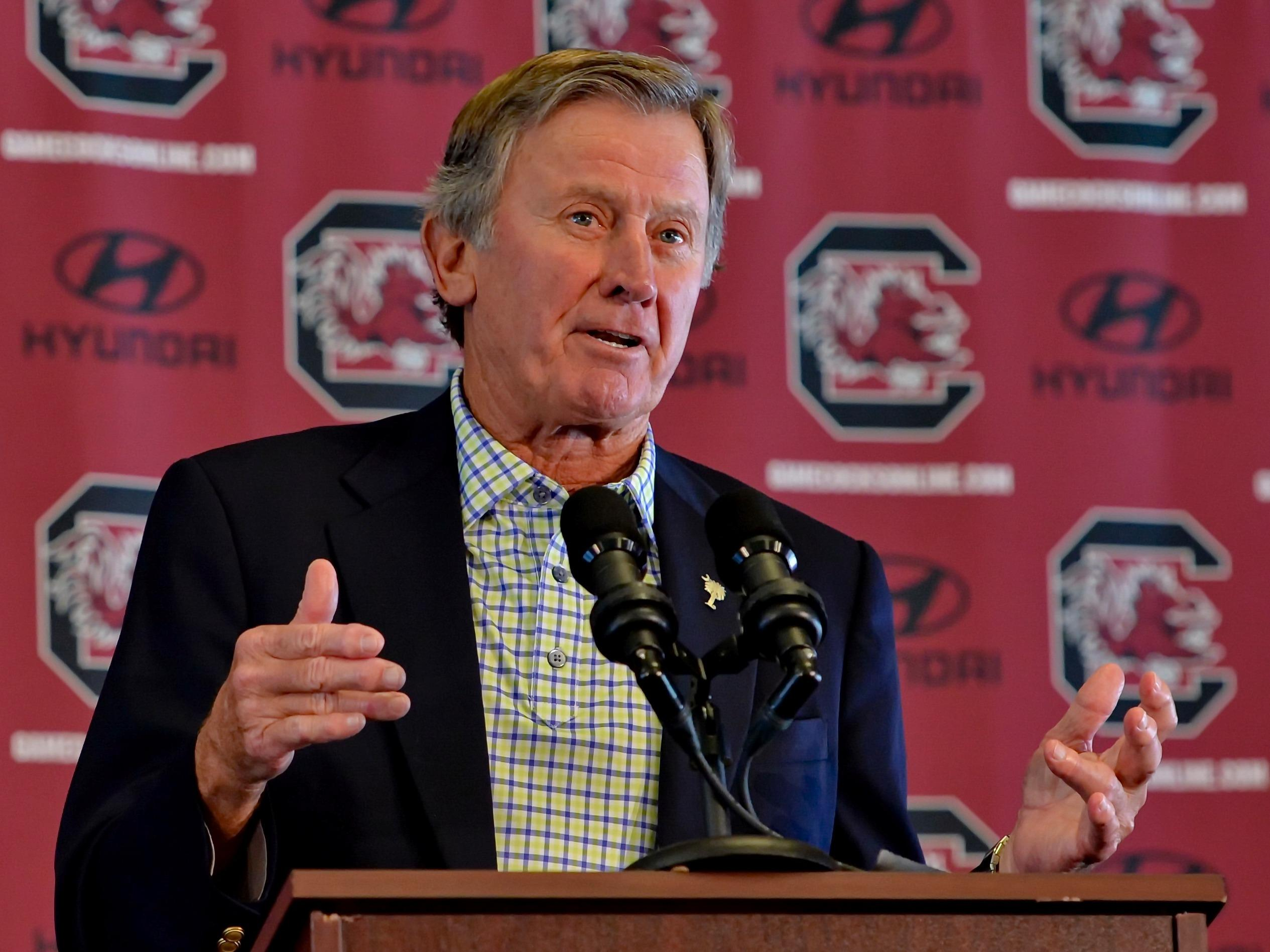 Steve Spurrier explains why he is resigning in the middle of the season