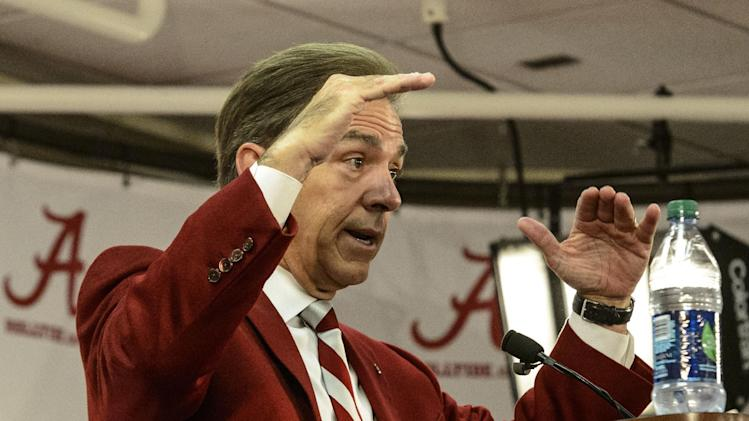 Bama's early arrivers hoping to get head start