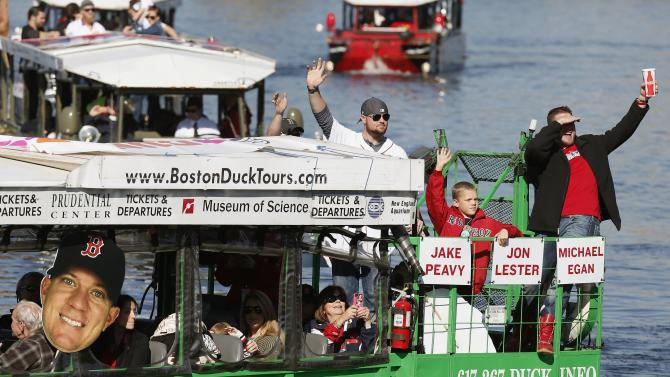 Red Sox pitcher Peavy buys duck boat after parade