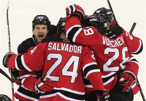 Devils stay alive, force Game 6 with 2-1 win