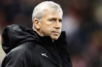 Pardew hits out at Arsenal's 'disrespectful' Cabaye bid