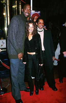Premiere: John Salley, his wife and Orlando Jones at the Hollywood premiere of Touchstone's Double Take - 1/10/2001