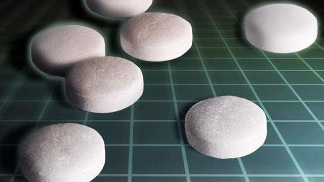 Aspirin use tied to age related vision loss