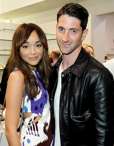 Revenge's Ashley Madekwe Weds Iddo Goldberg!