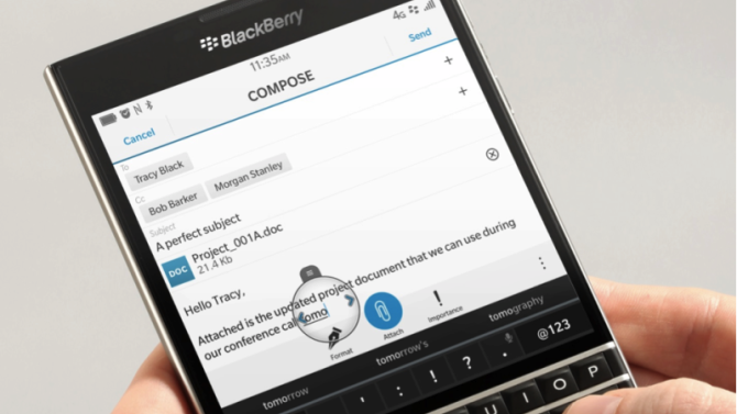 BlackBerry teaches us how to ditch our iPhones and Android phones for a BlackBerry phone
