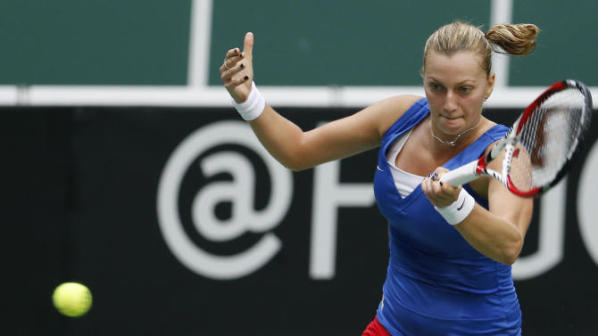 Kvitova beaten in 1st major upset at Stuttgart