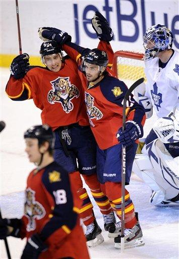 Panthers end 3-game skid, beat Leafs 5-3