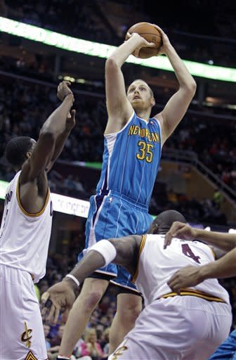 Kaman scores 21 as Hornets top Cavaliers 89-84