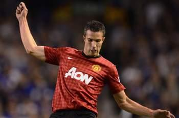 TEAM NEWS: Van Persie starts for Manchester United as Rooney drops to the bench