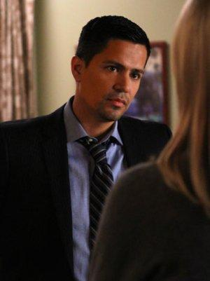 'Last Resort': Jay Hernandez Promises More Secrets Will Come Out