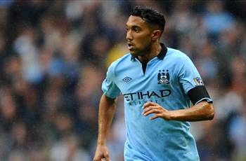 Clichy signs new four-year Manchester City contract