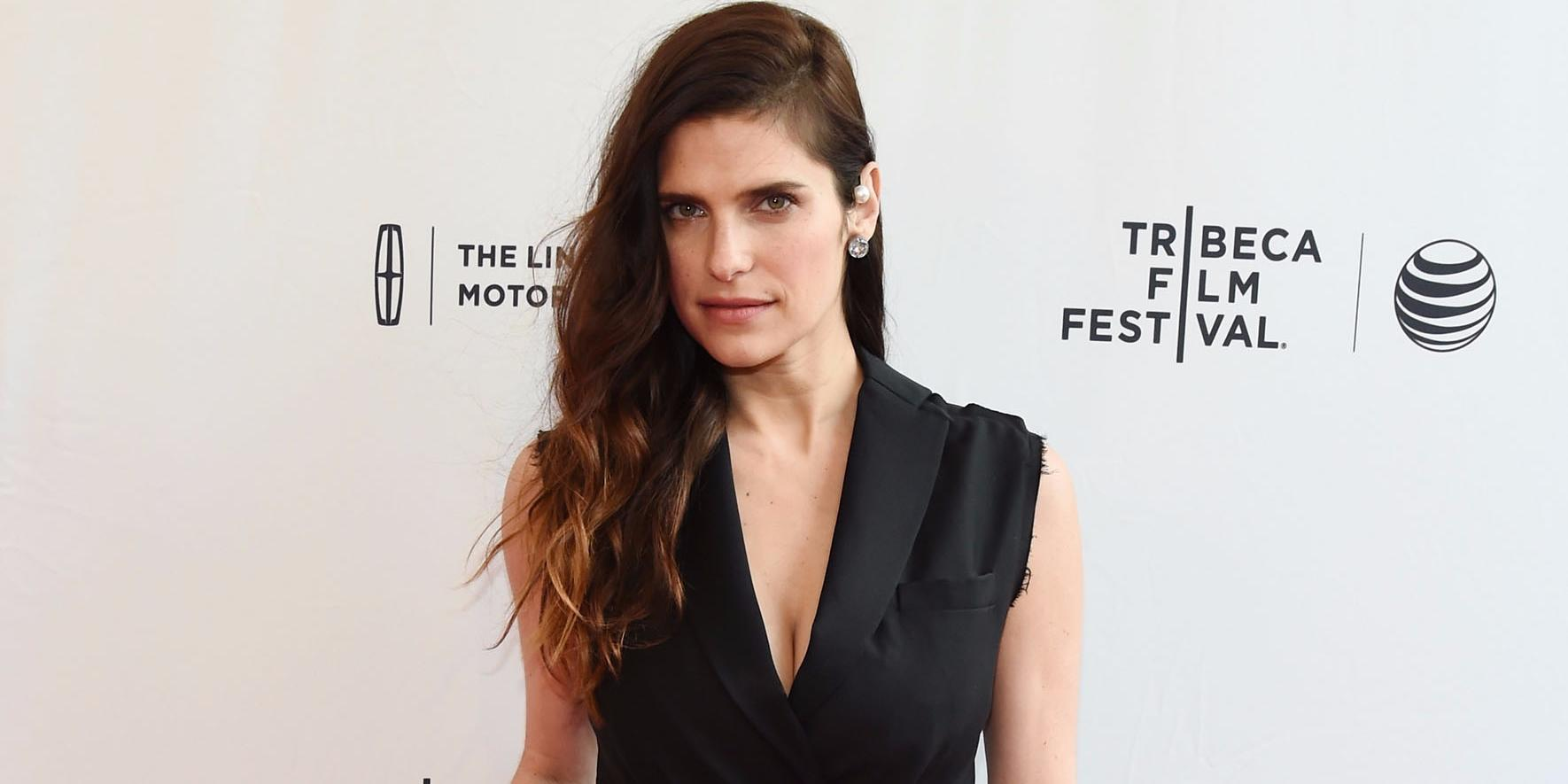 Actress Lake Bell, first female voice of Apple ads, is taking over Hollywood one project at a time