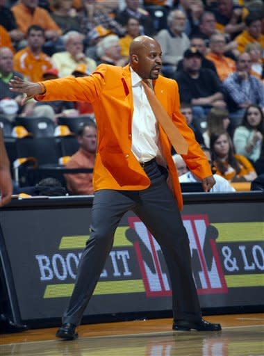 Tennessee escapes with 58-57 win over Vanderbilt