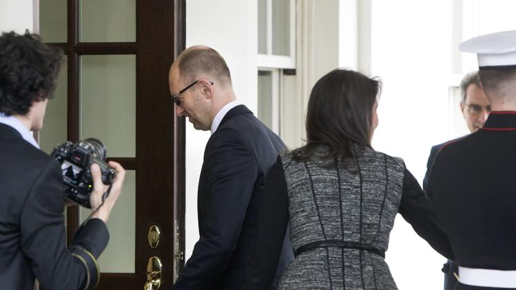 Yatseniuk arrives to meet with Obama at the White House in Washington