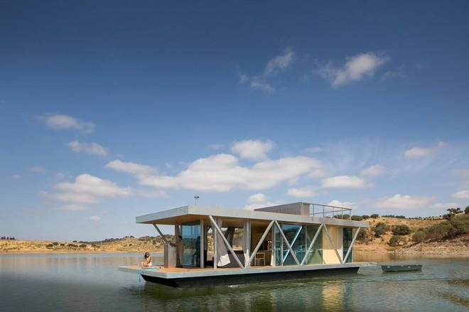 8 Modern Floating Homes You'll Want to Retire to Pronto