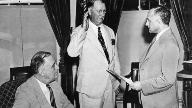 In 1940, Franklin Roosevelt tapped Republican Frank Knox as his secretary of the navy.