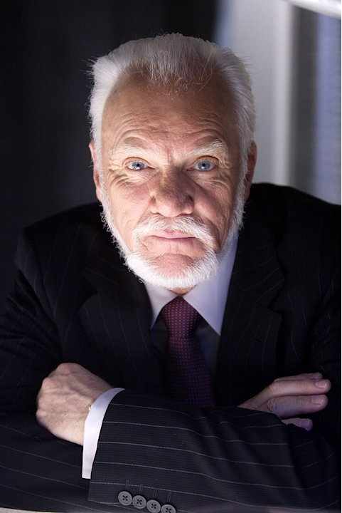Malcolm McDowell stars as Linderman in Heroes.