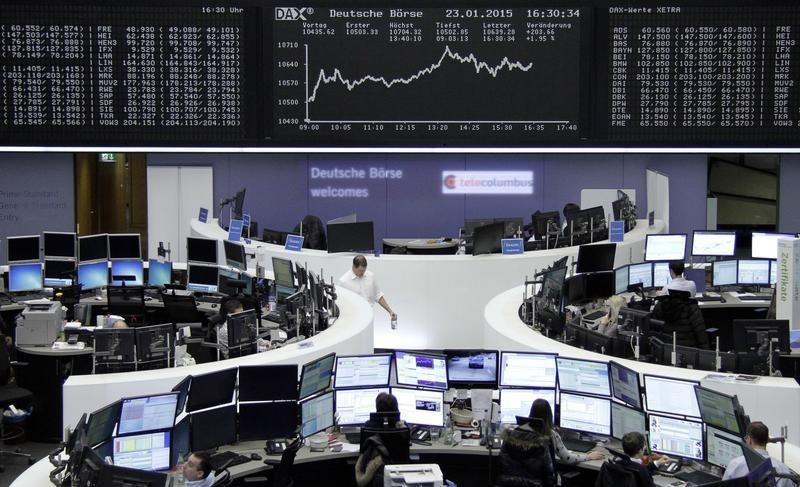 Euro recovers, global stocks up after Greek vote